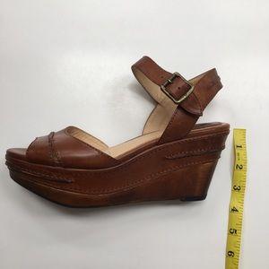b506e92546ad9 Frye Shoes - Frye Carlie Seam Cognac Leather Platform Sandals